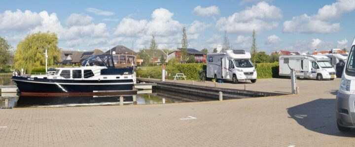 Ruimte voor meer campers bij camperplaats Leeuwarden